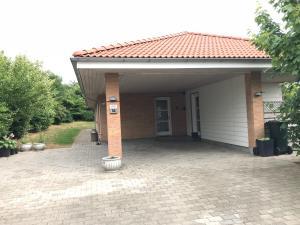 Haus Nr. 30043