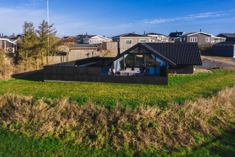7003, Fuglsangsvej 1, Løkken